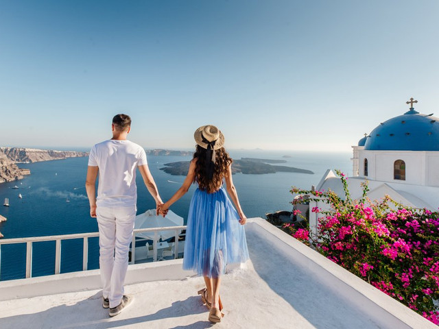 6 Luxury Honeymoon Destinations in Europe to Travel like an A-Lister