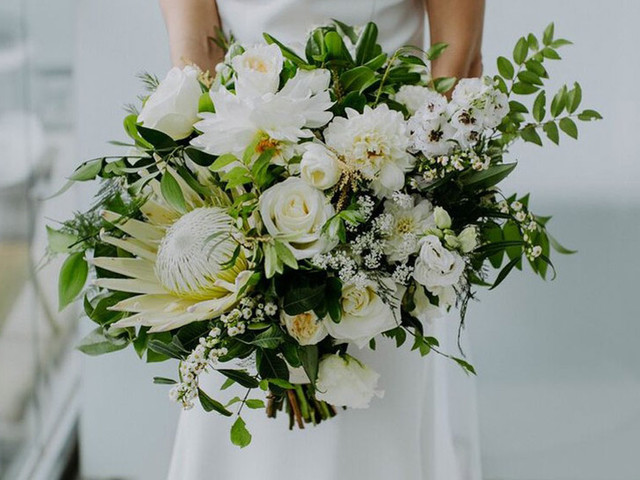 The Best Winter Wedding Flowers