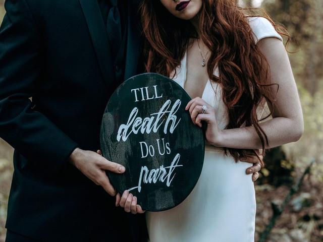 28 Spooktacular Halloween Wedding Ideas