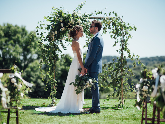 10 Beautiful Wedding Poems to Express Your Love