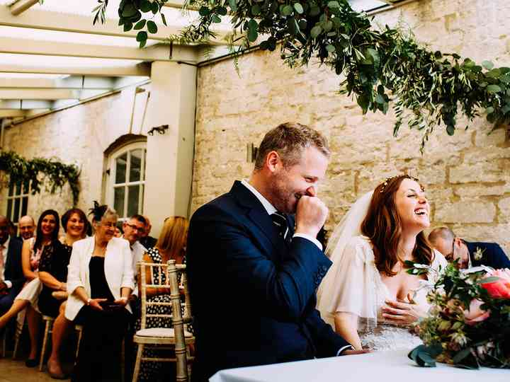 7 Funny Wedding Readings That Will Have Your Guests in Stitches
