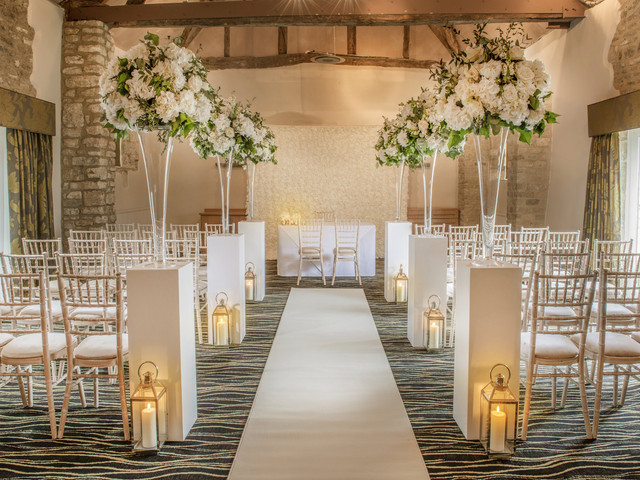 8 Stunning Hotel Wedding Venues in Oxford