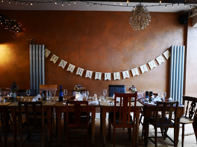 Where to Seat Guests at Your Wedding Rehearsal Dinner