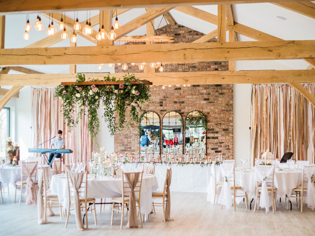 Why Wedding Fairs Are Totally Awesome