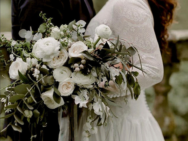 6 Things Your Wedding Florist Wants You to Know