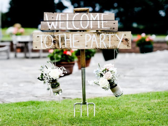 6 Drop Dead Gorgeous Barn Wedding Venues in Cheshire