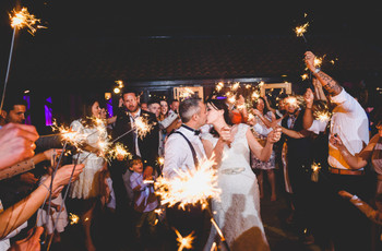 Why Weekday Weddings Are Totally Awesome