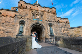 5 Drop Dead Gorgeous Castle Wedding Venues In and Around Edinburgh