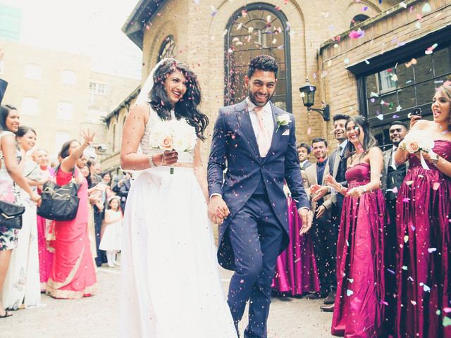UK Wedding Traditions and Trends You Need to Know About