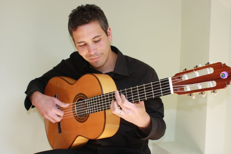 JD  Classical / Spanish Guitar