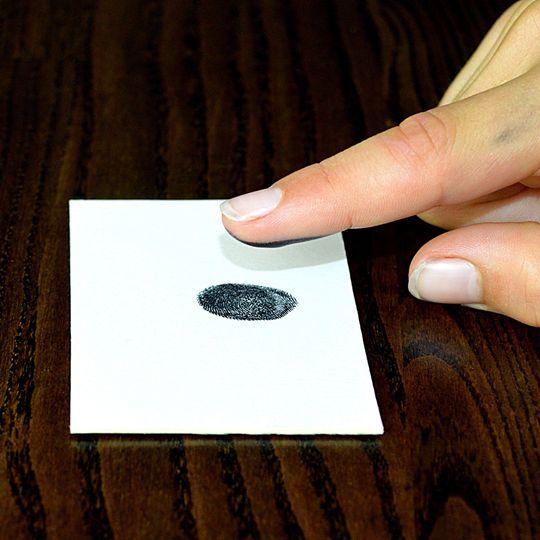 Taking Ink fingerprints