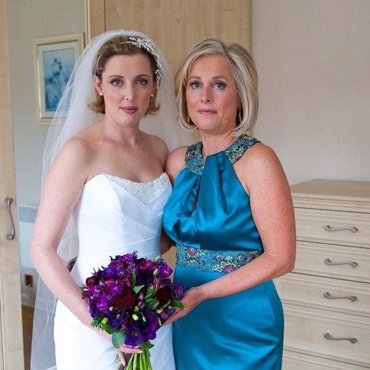 Mother of bride make-up