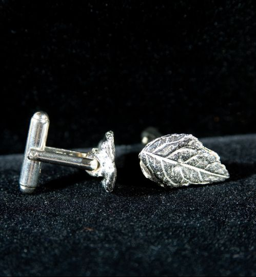 Leaf Cuff links