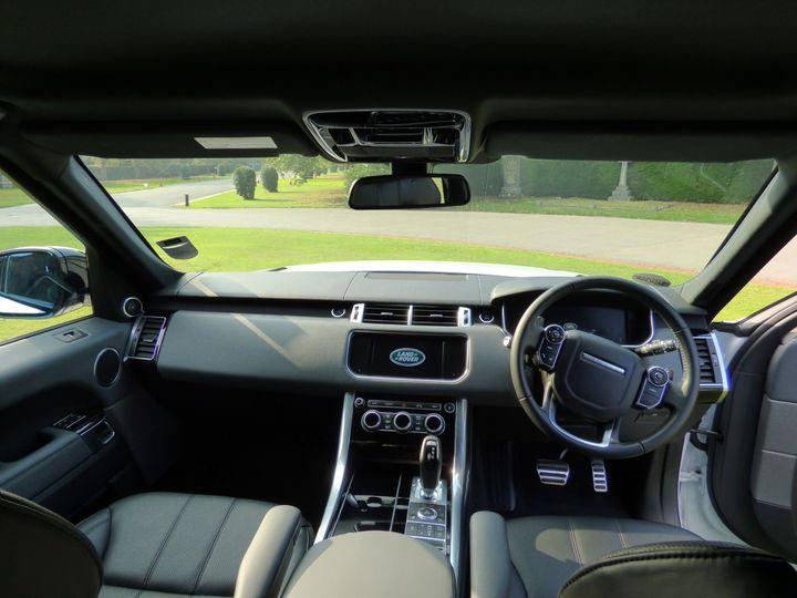 New Range Rover Sport HSE