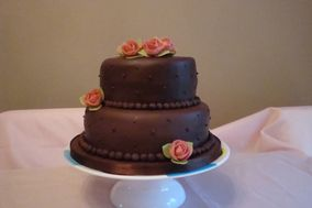 Cake Creations By Lynne Hall