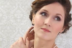 Samantha Price - Bridal Makeup Specialist