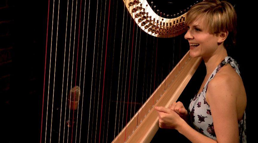 Alexandra King - Harpist