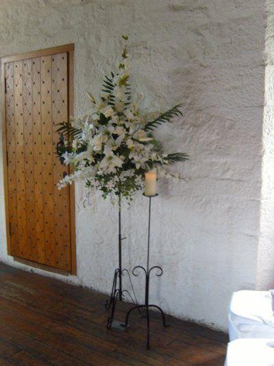 Silk Church Pedestal