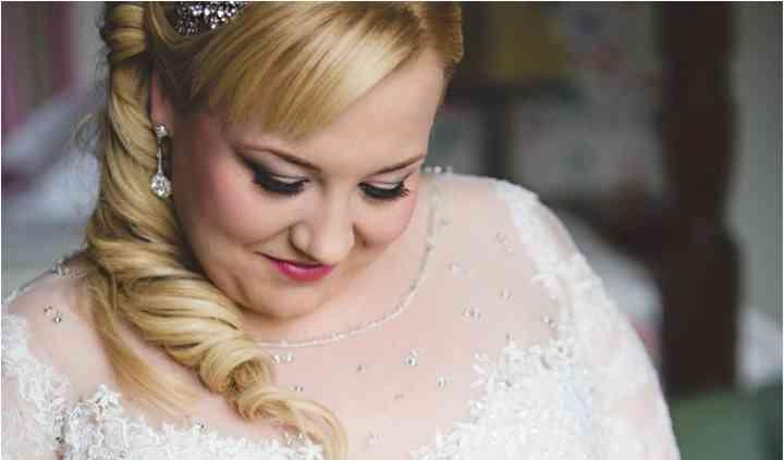 Your Beauty Stylist - Lorraine Poulton