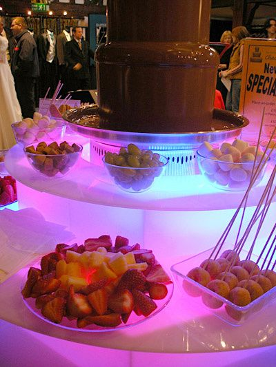 Wedding Receptions From Barisons Chocolate Fountains Photo 7