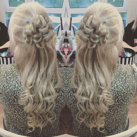 Katie Hadley Hair Stylist 7