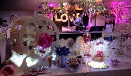 Sweetest Day - Sweet Table