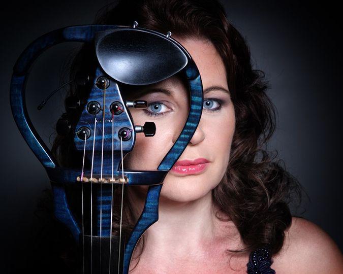 Joanna Chambers - Electric Violinist