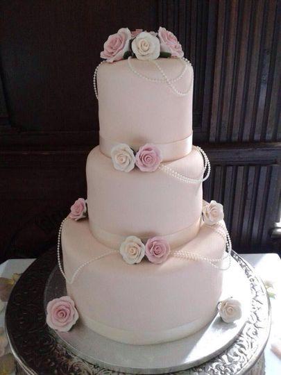 The Blackrod Cake Company - Wedding Cakes Wigan