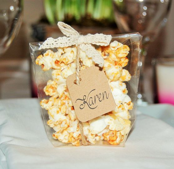 Name tag wedding favours