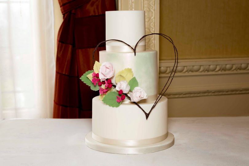 Heart Wreath Cake