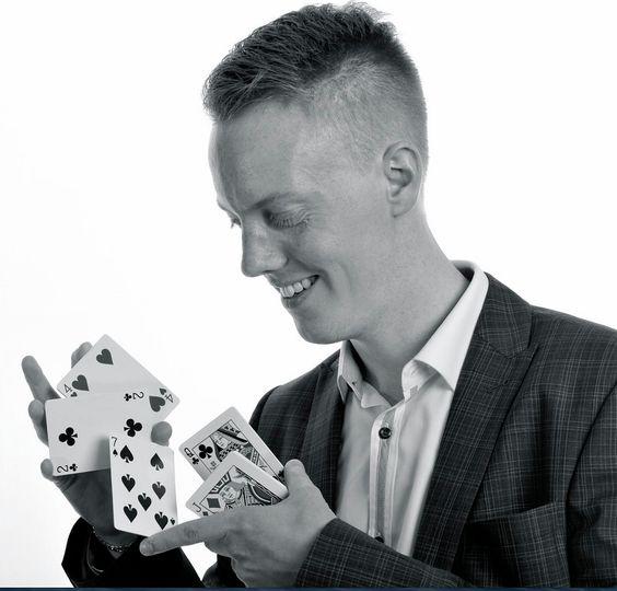Jason Rea - Magician