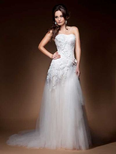 Wedding Dress Collections From Elizabeth McQueen Bridal