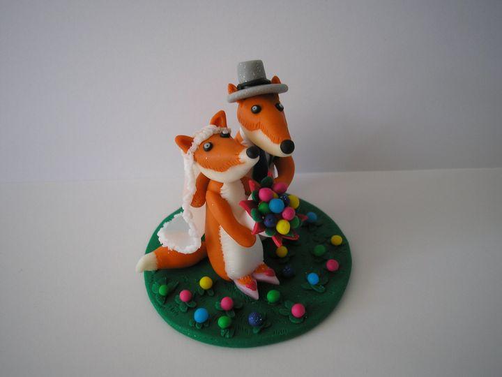 Fox bride and groom