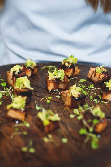 Sticky pressed pork canapes