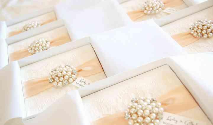 HipTwist Wedding Stationery