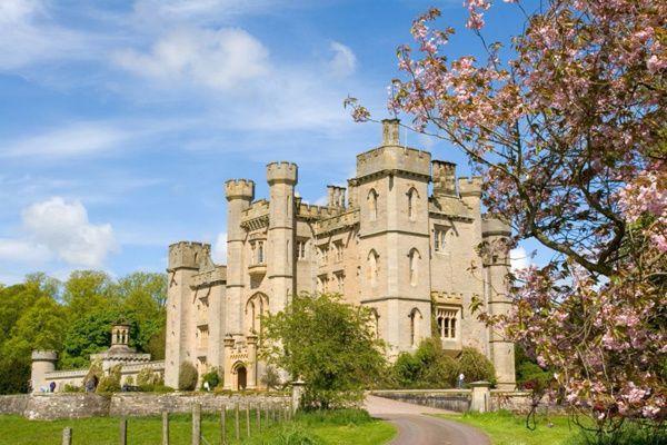 Duns Castle grounds
