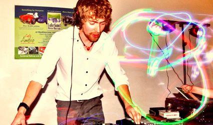 Daniel Jones DJ