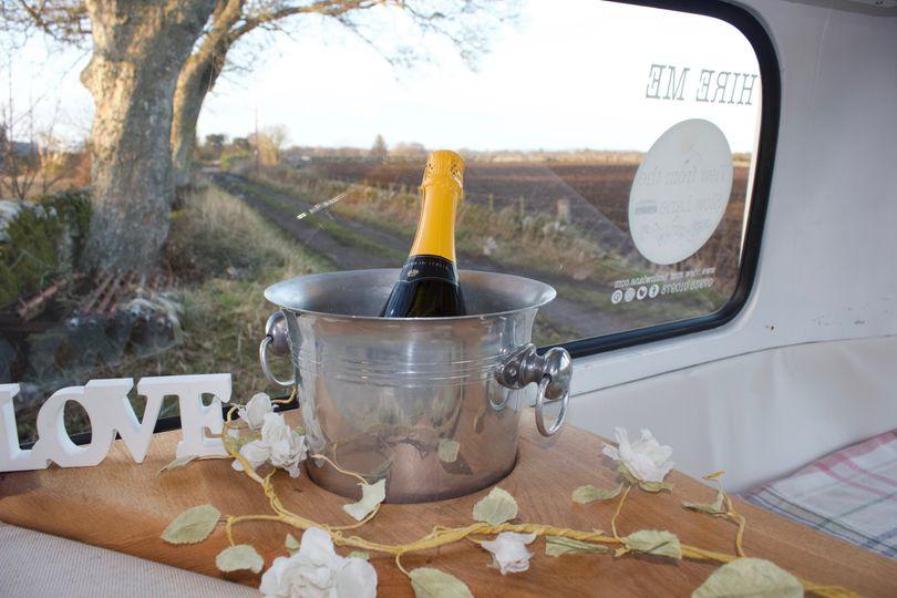 Moomin's champagne bucket