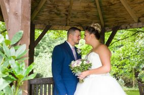 Bespoke Wedding Photography by Angela and Josie