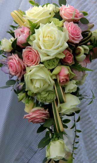 Shower bouquet detail