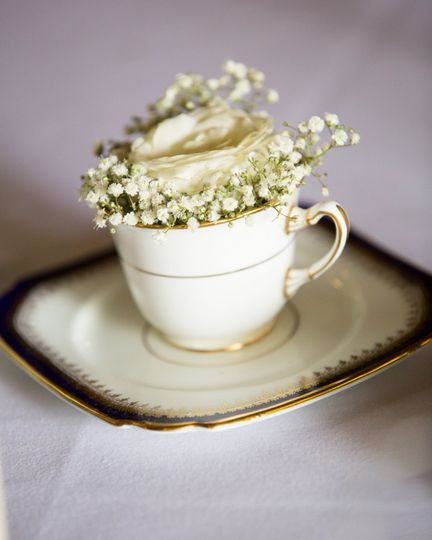 Teacup table centres