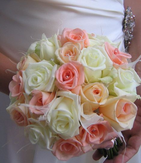 Roses and skeleton leaf bouquet