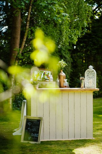 Shabby Chic Wedding Bar