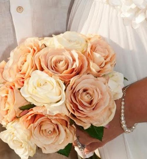 Peach and cream silk bouquet