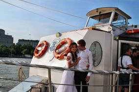 Thames River Wedding Boats