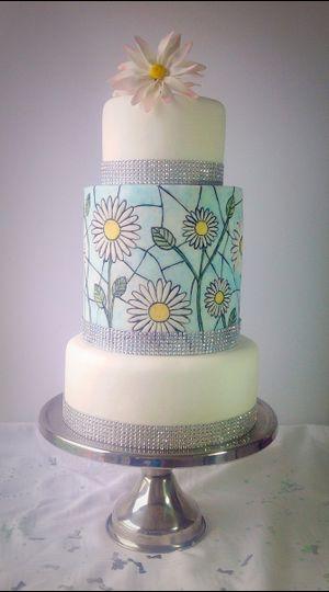 Handpainted Daisy cake