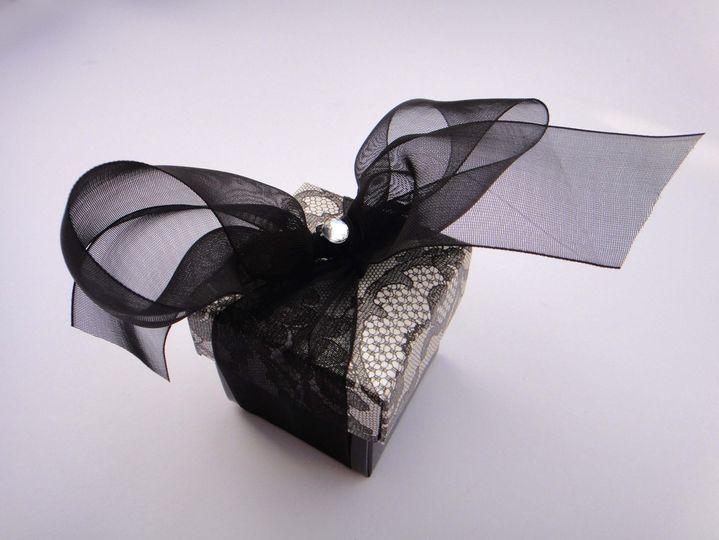 Black lace favour box