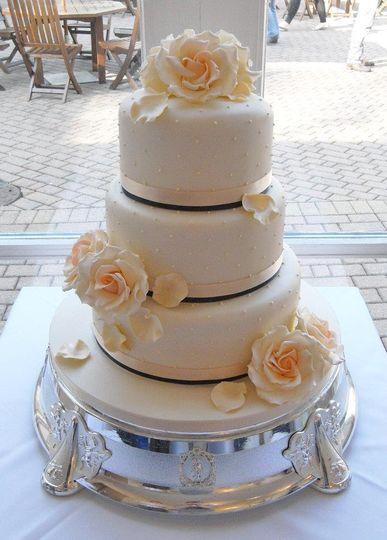 wedding cakes doncaster south yorkshire amanda s cakes 24216