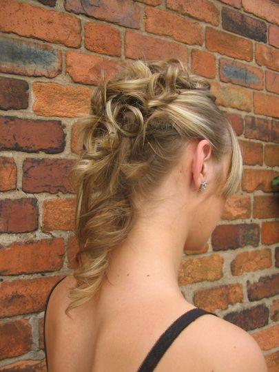 Ceramic tong curls