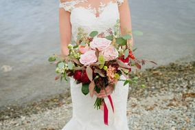 Caroline Holmes Wedding and Event Florist